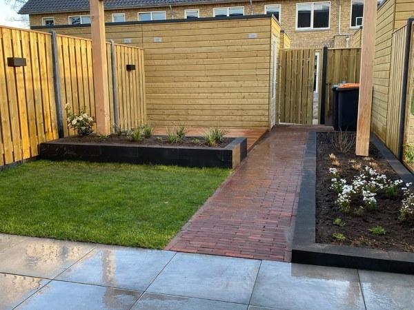 Ook een kleine tuin kan een modern en strak geheel worden