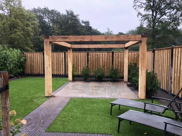 Een moderne tuin herken je aan de strakke lijnen en is een geordend en overzichtelijk geheel met strakke vormgeving